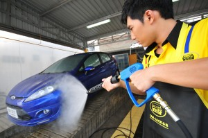 ล้างรถ car wash molycare carlack